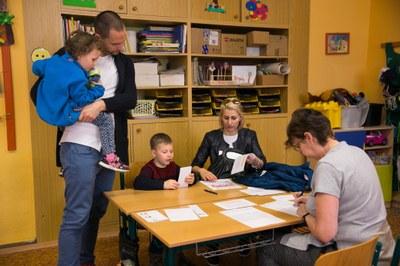 Zápisy do prvních tříd budou letos bez dětí