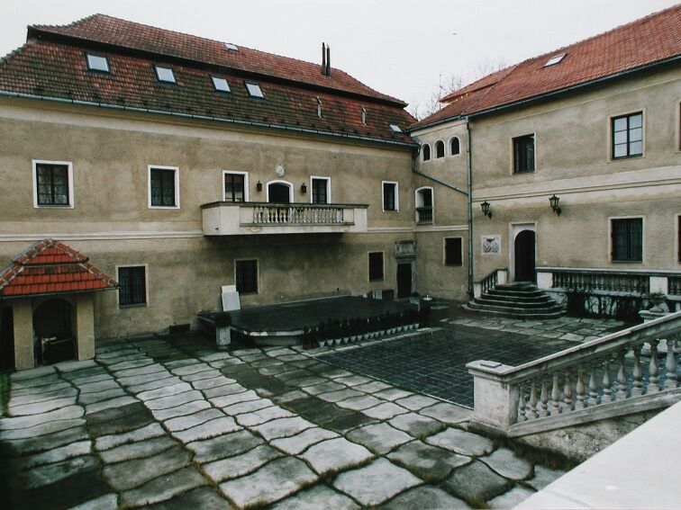 Komentovaná prohlídka porubského zámku
