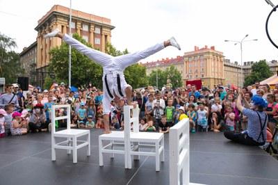 Cirkulum nabídne tři dny plné nového cirkusu a pouličního divadla