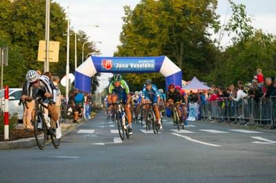 Cyklisté se po roce vracejí na Hlavní třídu